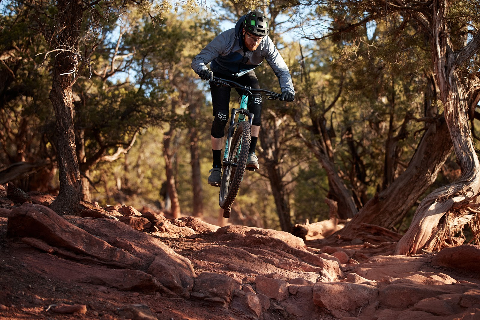 GORE® Wear launch two new mountain bike jackets fit for puddles, splashes and mud spray